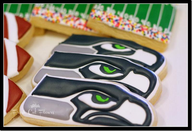 Seahawks 3 cookies