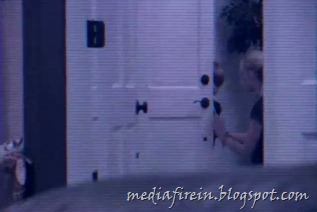 Paranormal Activity 4 (2012)6
