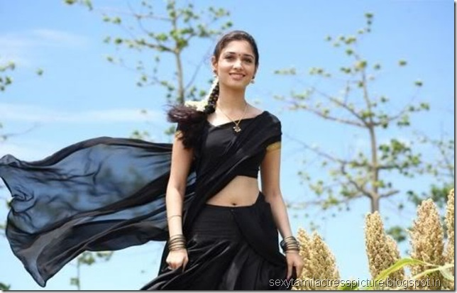 cute-tamanna-hot-in-black-half-sree-exposing-navel