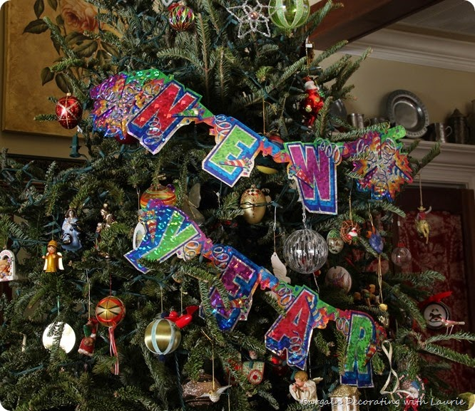NEW YEAR'S Decor-Bargain Decorating with Laurie