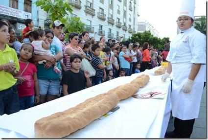 El pan para la torta mas grande