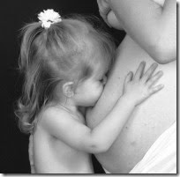 fotos de madres con sus bebes (10)