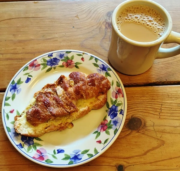 choc-o-pain - almond croissant