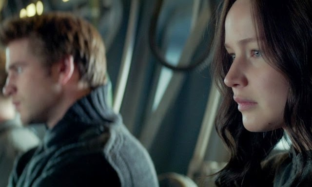 Katniss_Gale_Sitting_Clean