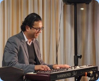 Ben reckons the Hammond SK1 is his favourite keyboard at the moment and boy did he make it sound good. Of course Hammond have a long history of drawbar keyboards/organs. Photo courtesy of Dennis Lyons.