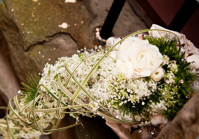 cascade uniquebouquetedit platinum floral design