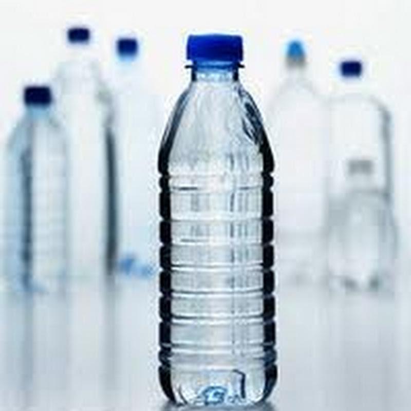 لماذا يوضع تاريخ صلاحية على عبوات المياه البلاستيكية ؟