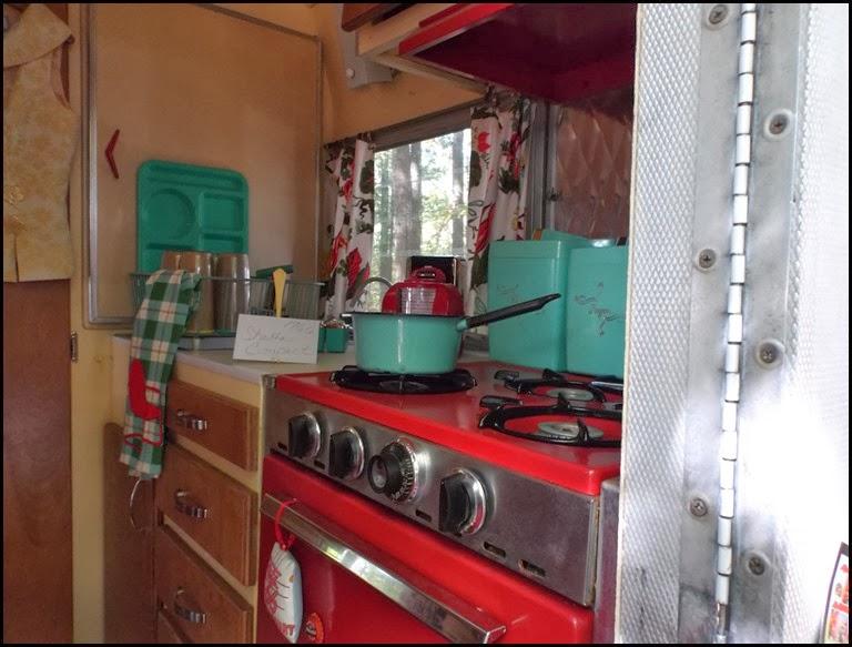 Vintage Camper 1 interior 1