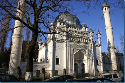 Berlin_Kirchen_Ahmadiyya-Moschee_1600
