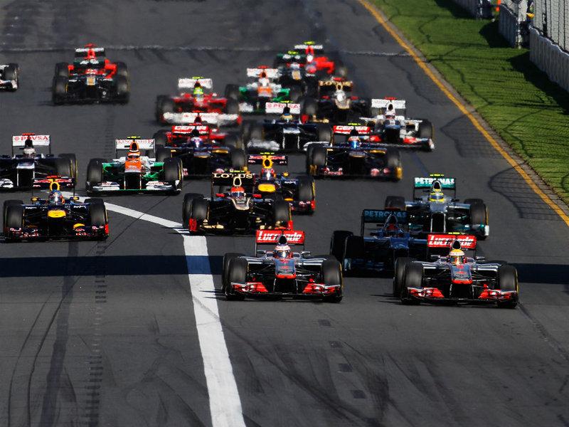 Australian-GP-first-corner_2735567.jpg