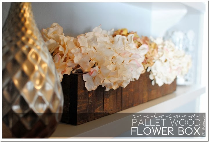 reclaimed pallet wood flower box