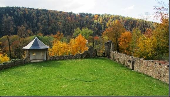 Burg 10