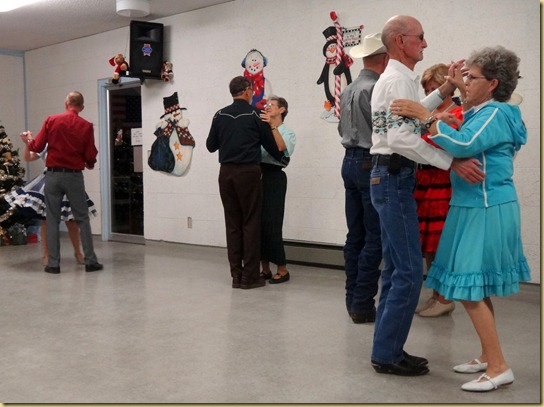 2012-12-04 - AZ, Yuma - Square Dance with the Porters (5)