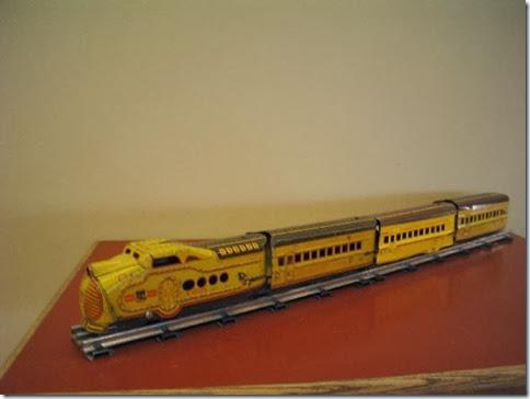Marx M-10005 Streamliner