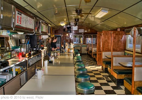 &#39;Peterborough Diner 2&#39; photo (c) 2010, liz west - license: http://creativecommons.org/licenses/by/2.0/