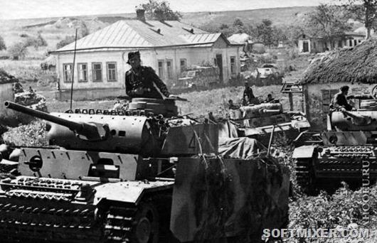 1323539031_nemeckie-ekranirovannye-tanki-pz.kpfw.-iii-v-sovetskom-sele-pered-nachalom-operacii-citadel