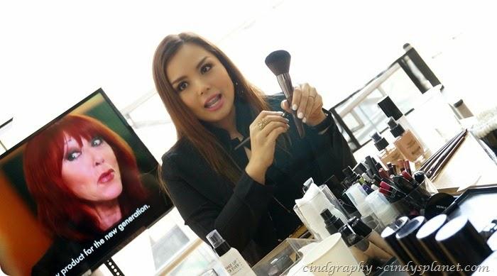 Make Up For Ever Artisan Brush13