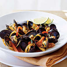Mussels with Red Pepper and Chorizo