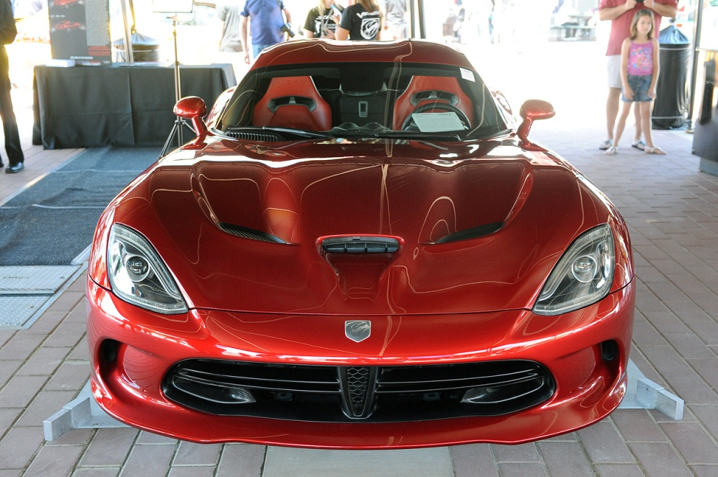 First-Production-2013-SRT-Viper-GTS-8.jpg?imgmax=1800