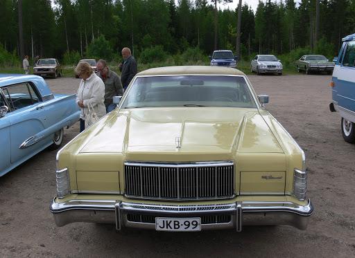 Continental Town Car.