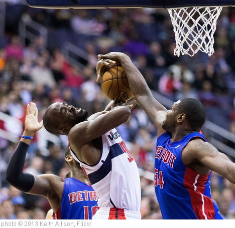 'Emeka Okafor, Jason Maxiell' photo (c) 2013, Keith Allison - license: http://creativecommons.org/licenses/by-sa/2.0/