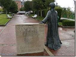 Sancho III en el parque de la Media Luna - Pamplona