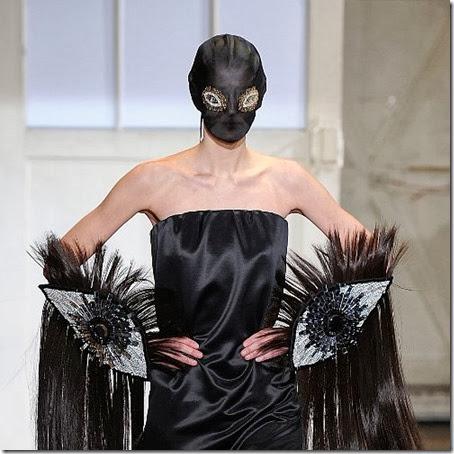 Maison-Margiela-Face-Masks-Spring-2014-Haute-Couture