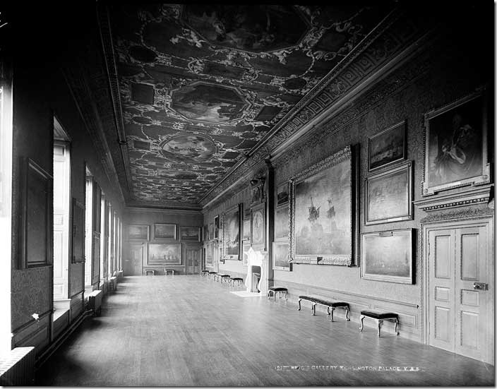 Kensington_Palace_Kings_Gallery1870