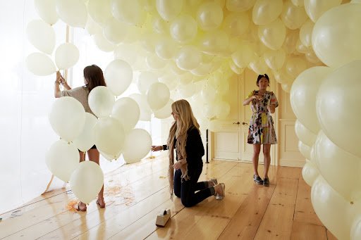 but of course theres more to party decorating than balloons here are some other clever ideas i came across