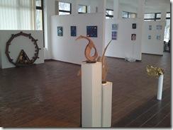 Picturi astrale eminesciene de Corina Chirila si sculpturi de Mihai Boroiu la galeria asociatiei artistilor plastici din Bucuresti Herastrau