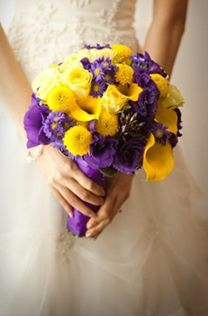 purple-and-yellow-wedding
