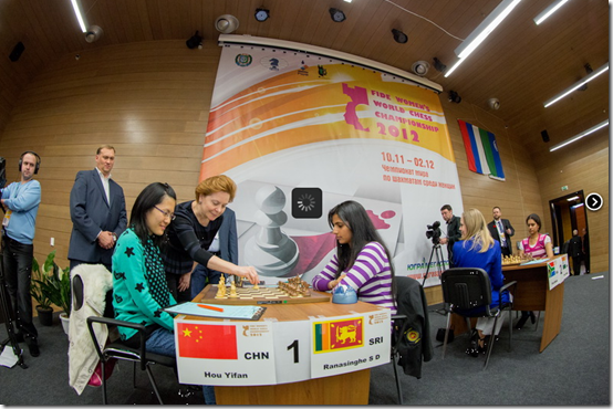 Hou Yifan on board 1, Governor of Khanty Mansiysk makes customary first move!