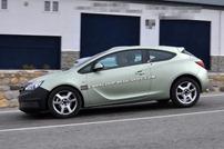 2014-Opel-Astra-GTC-3