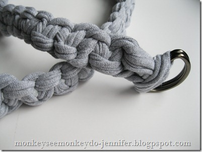 woven belt tutorial made from t-shirts (1)