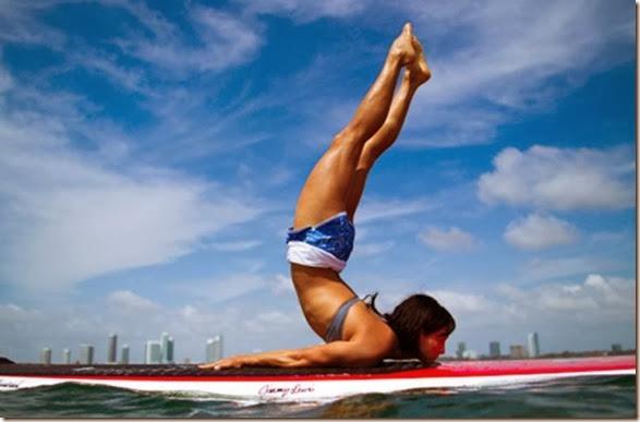 girls-stretching-yoga-008