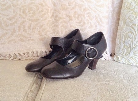 New Look Mary Janes for the 40s fashion challenge   Lavender & Twill