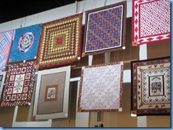 9907 Alberta Calgary Stampede - Western Oasis in BMO Centre - quilts