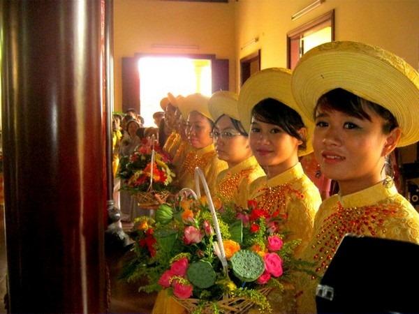 le-hang-thuan-nep-van-hoa-phat-giao (14)