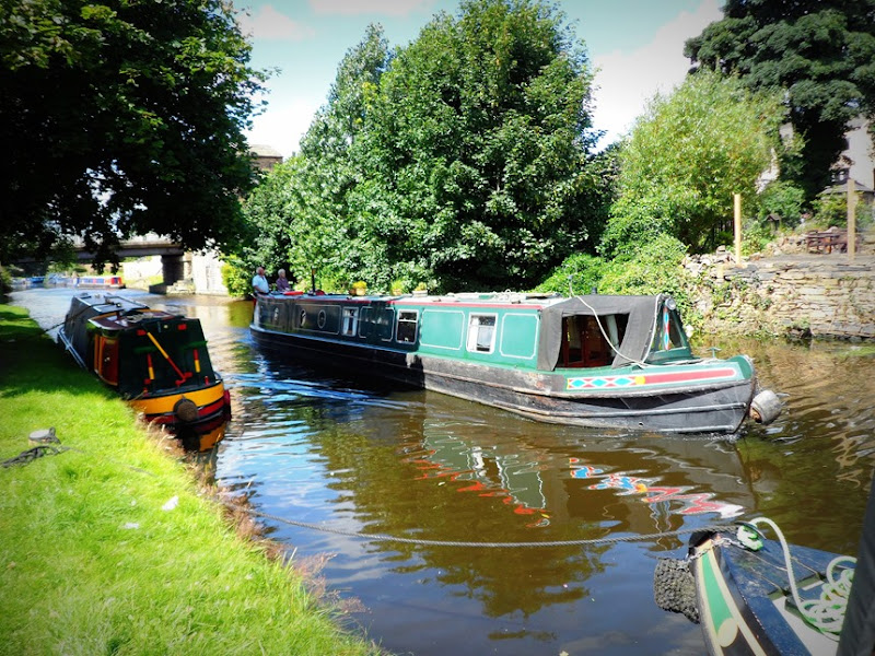 Travelling up the canal