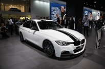 BMW-335i-M-Performance-1[2]