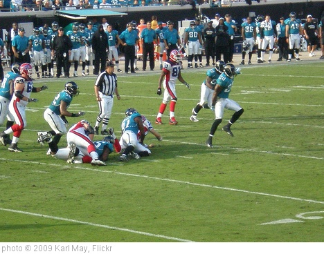 'Jaguars-Bills' photo (c) 2009, Karl May - license: http://creativecommons.org/licenses/by-nd/2.0/