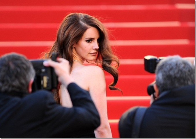 Lana Del Rey Kingdom kicks off Cannes QlwQ0P6-OJPl (1)