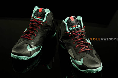 nike lebron 11 gs black green glow 1 06 First Look at Nike LeBron XI GS Black / Mint Green (621712 004)