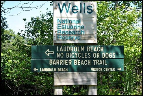 03j - Barrier Beach Trail - sign