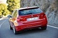 2013-BMW-3-Series-Touring-25