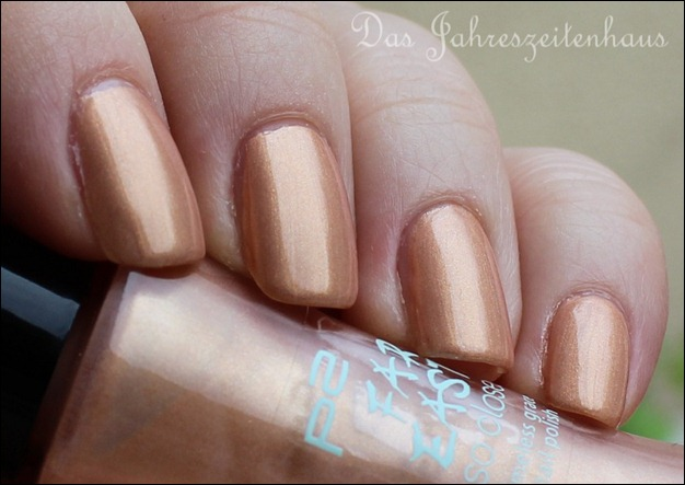 P2 Far east So close LE 010 Golden Amber Nagellack 2