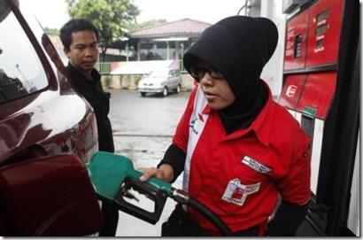 indon-harga-minyak-565x373