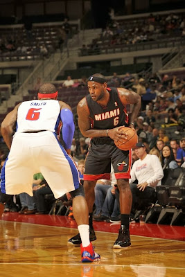 lebron james nba 131010 mia at det 01 LBJs Preseason Wears: Soldier 7, Ambassador 6, LeBron 10s