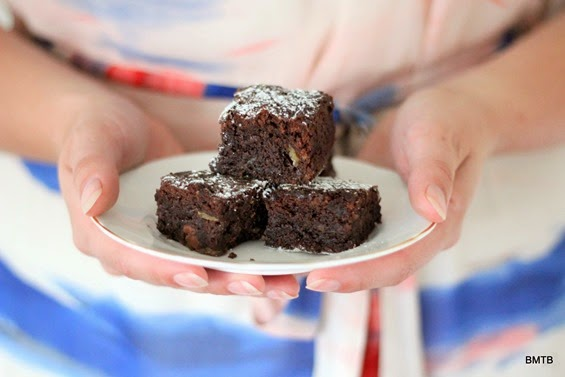 Banana Brownies by Baking Makes Things Better - want some...