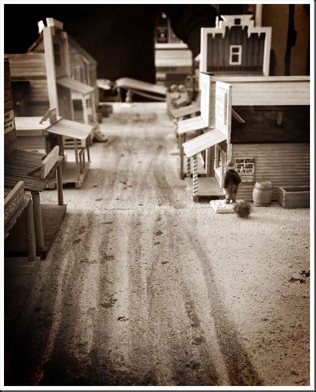 empty_town_sepia